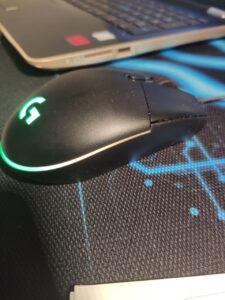 Logitech G203 LIGHTSYNC un buen ratón para trabajar cómodamente